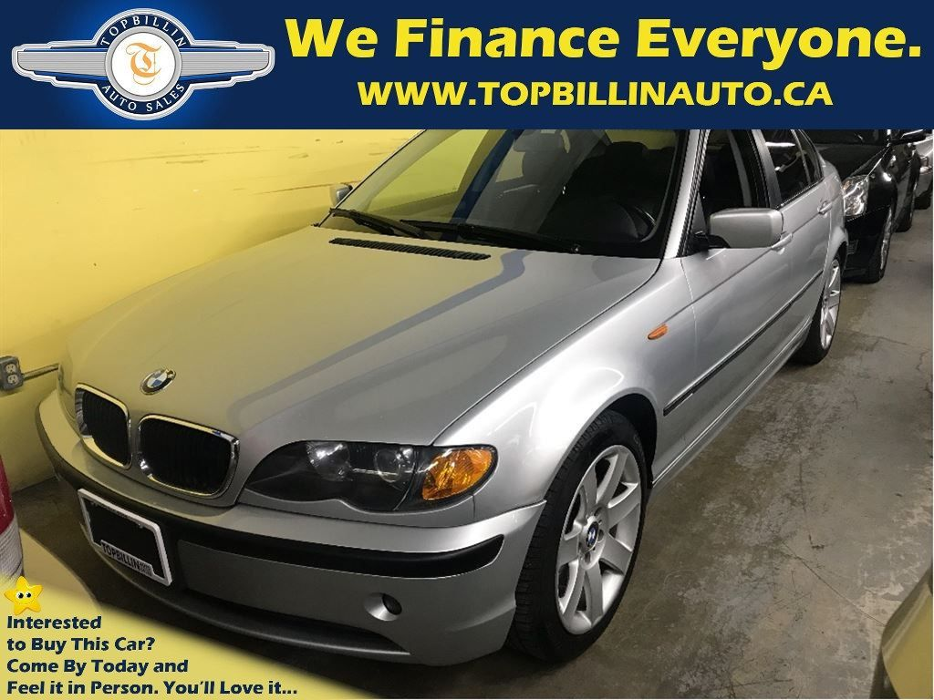 2004 BMW 320i with Sunroof & Leather