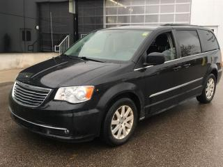 Used 2013 Chrysler Town & Country Touring | NAV | CAM | STOW-N-GO for sale in London, ON