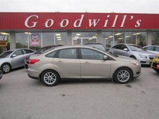 Used 2015 Ford Focus SE! HEATED SEATS & STEERING WHEEL! BLUETOOTH! for sale in Aylmer, ON