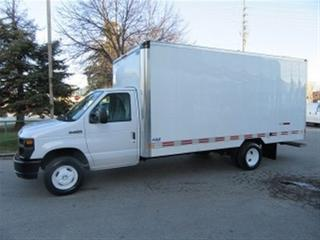 Used 2016 Ford E450 Custom 16 1/2 ft aluminum box gas cube van for sale in Richmond Hill, ON