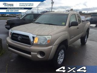 Used 2006 Toyota Tacoma - one owner - local - trade-in for sale in Courtenay, BC