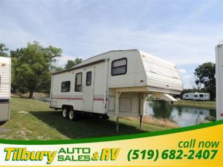 Used 1993 Fleetwood Terry Resort 25.5 K FIFTH-WHEEL **AS IS** for sale in Tilbury, ON