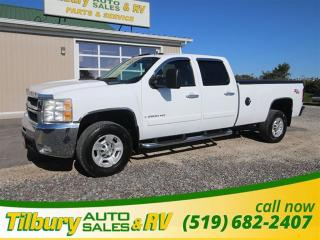 Used 2008 Chevrolet Silverado 2500HD LT. HEATED LEATHER SEATS. V8. for sale in Tilbury, ON