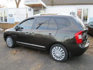 Used 2011 Kia Rondo EX for sale in Scarborough, ON