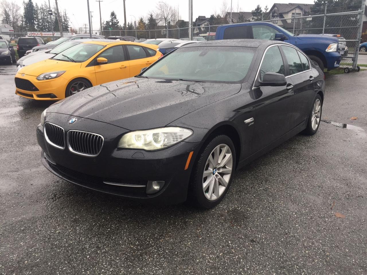 Photo of Black 2012 BMW 528