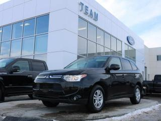 Used 2014 Mitsubishi Outlander SE, BLUETOOTH, KEYLESS ENTRY, HEATED FRONT SEATS, CLTH, AWD for sale in Edmonton, AB