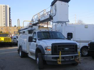 Used 2008 Ford F-550 bucket truck for sale in North York, ON