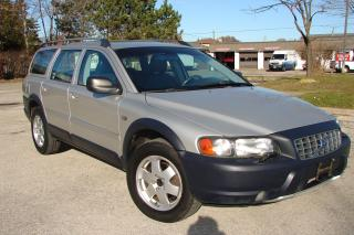 Used 2004 Volvo V70 CROSS COUNTRY for sale in Mississauga, ON