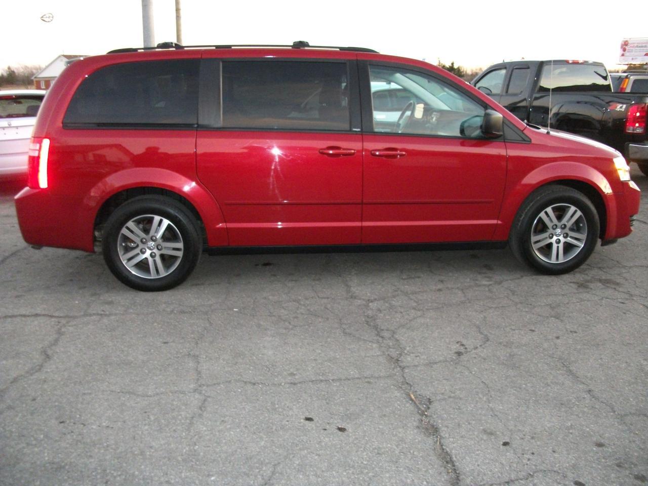 2010 Dodge Grand Caravan SE  Stow N Go