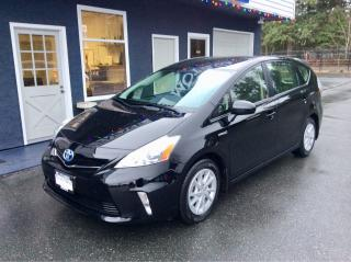 Used 2013 Toyota Prius v Leatherette for sale in Parksville, BC