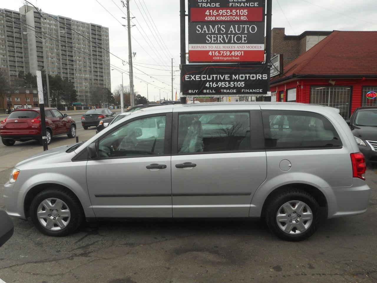 2011 Dodge Grand Caravan SE