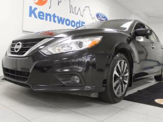 Used 2016 Nissan Altima SV heated power seats and a back up cam for sale in Edmonton, AB