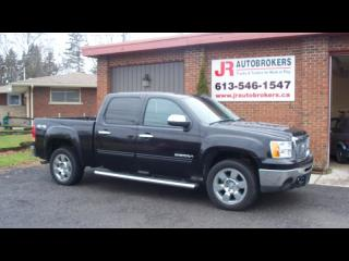 Used 2011 GMC Sierra SLE 1500 Crew Cab 4X4 Chrome Pkg and Low Kms for sale in Elginburg, ON