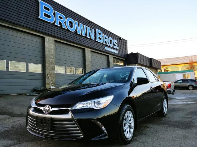 used 2017 toyota camry le local accident free financing. Black Bedroom Furniture Sets. Home Design Ideas