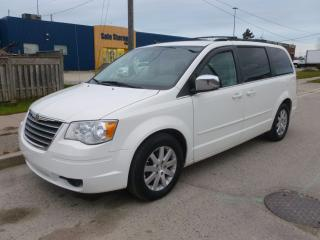 Used 2008 Chrysler Town & Country TOURING for sale in North York, ON