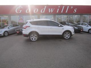 Used 2017 Ford Escape TITANIUM! HEATED LEATHER SEATS! SUNROOF! for sale in Aylmer, ON