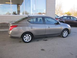 Used 2013 Nissan Versa SL! NAVIGATION! BLUETOOTH! BACKUP CAMERA! for sale in Aylmer, ON