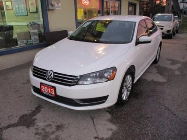 2013 Volkswagen Passat POWER EQUIPPED 'SPORTY' 5 PASSENGER 2.5L - DOHC.. HEATED SEATS.. HEATED MIRRORS.. CD/AUX INPUT.. KEYLESS ENTRY..