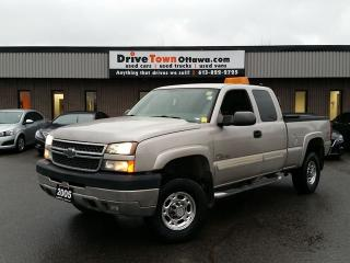 Used 2005 Chevrolet Silverado 2500HD LS EXTENDED CAB 4X4 **6.6L DURAMAX DIESEL for sale in Gloucester, ON