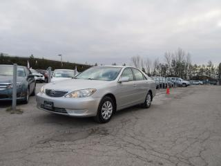 Used 2006 Toyota Camry LE / ACCIDENT FREE / LOW MILEAGE for sale in Newmarket, ON