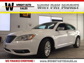 Used 2014 Chrysler 200 Limited|LEATHER|SUNROOF|BLUETOOTH|43,960 KMS for sale in Cambridge, ON