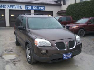 Used 2009 Pontiac Montana SV6 for sale in Beaverton, ON