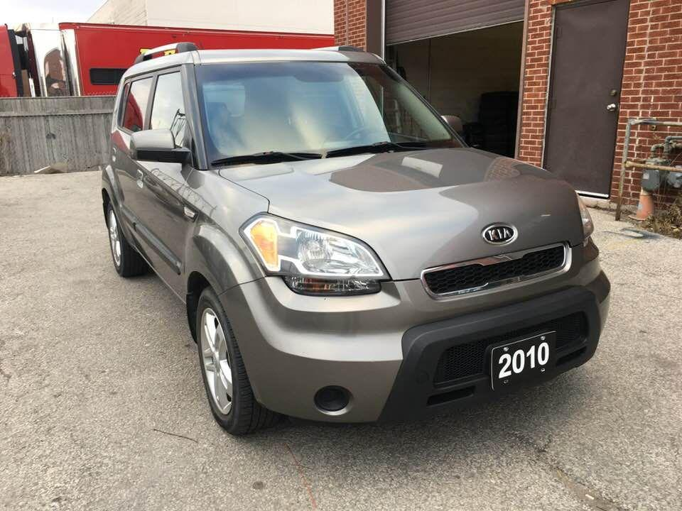 used 2010 kia soul 2u for sale in north york ontario. Black Bedroom Furniture Sets. Home Design Ideas