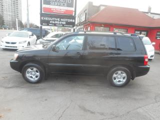 Used 2002 Toyota Highlander SUPER CLEAN ONE OWNER! LOW KM! for sale in Scarborough, ON