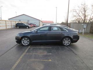 Used 2013 Lincoln MKZ FWD for sale in Cayuga, ON