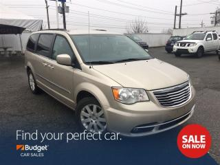 Used 2016 Chrysler Town & Country Touring, Navigation, Bluetooth for sale in Vancouver, BC