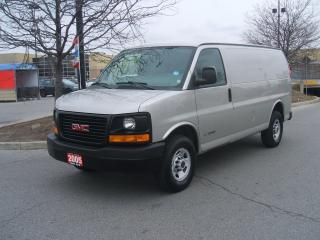 Used 2005 GMC Savana 2500 for sale in York, ON