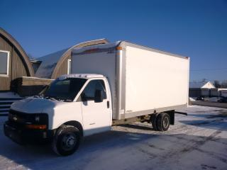 Used 2013 GMC 4500 16' gas with ramp for sale in Kitchener, ON