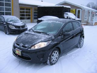 Used 2011 Ford Fiesta SE 5Door Hatchback for sale in Smiths Falls, ON