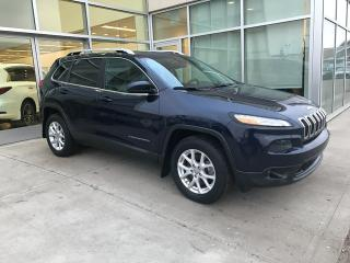 Used 2014 Jeep Cherokee 4X4/ACCIDENT FREE/HEATED SEATS/HEATED WHEEL for sale in Edmonton, AB