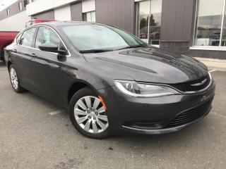 Used 2016 Chrysler 200 LX A/C BLUETTOTH for sale in St-Malachie, QC