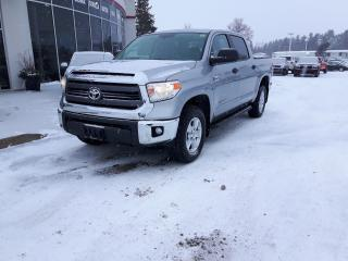 Used 2015 Toyota Tundra SR5 CREW MAX 5.7 litre V8 for sale in Ottawa, ON