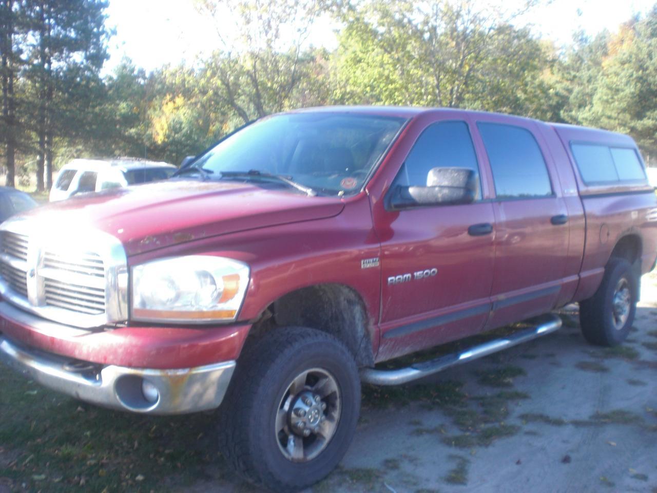 Photo of Red 2006 Dodge Ram 1500