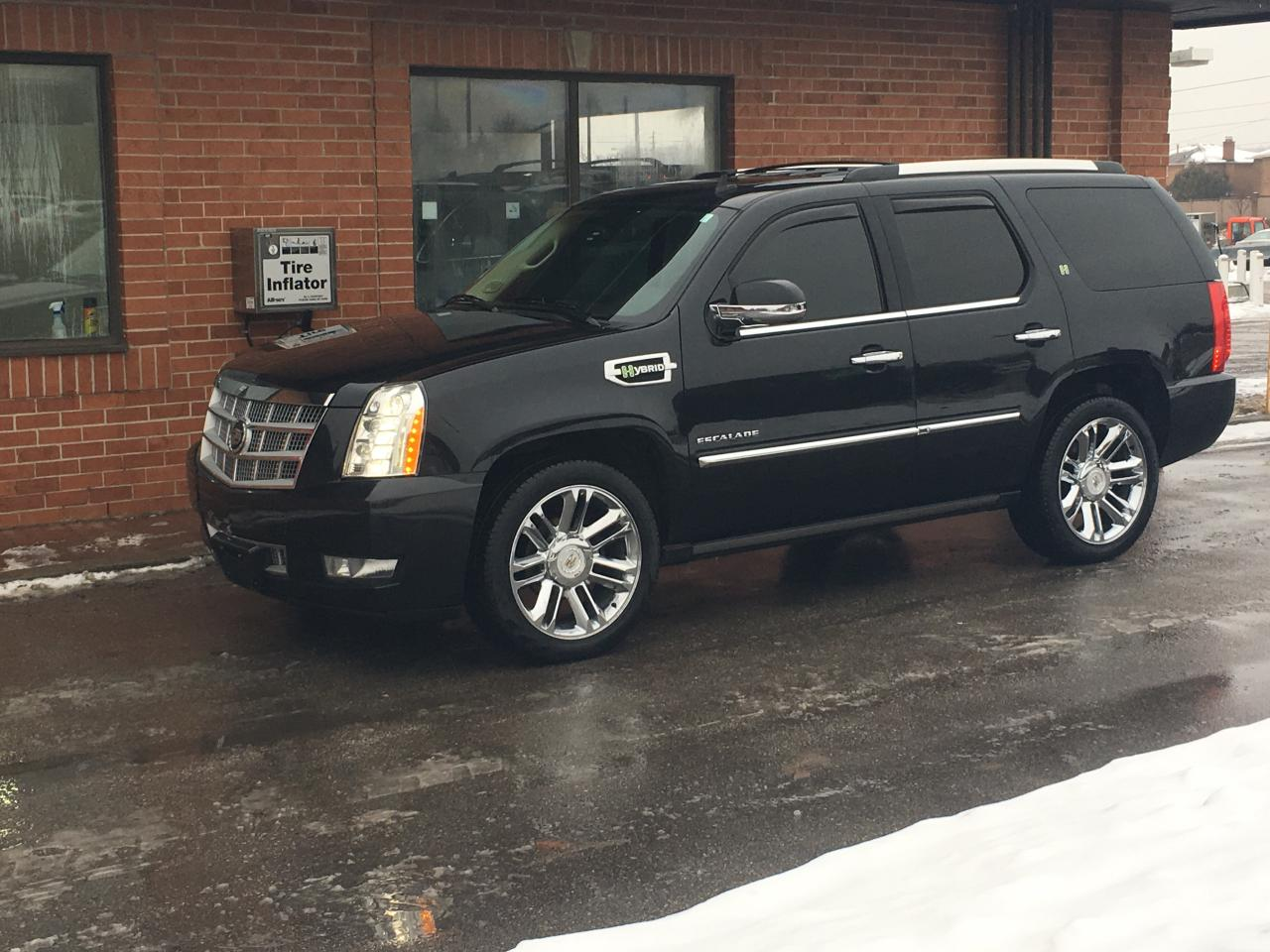 used 2012 cadillac escalade hybrid platinum for sale in. Black Bedroom Furniture Sets. Home Design Ideas