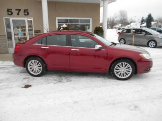 Used 2011 Chrysler 200 Limited for sale in Lévis, QC
