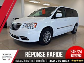 Used 2016 Chrysler Town & Country Touring-L, Stow N for sale in Joliette, QC