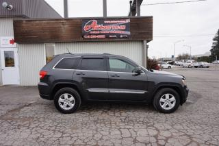 Used 2011 Jeep Grand Cherokee LAREDO AWD for sale in Levis, QC