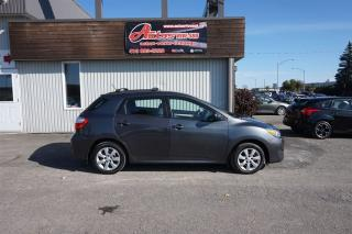 Used 2011 Toyota Matrix AWD for sale in Lévis, QC