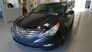 Used 2011 Hyundai Sonata GL for sale in Magog, QC