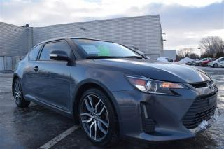 Used 2014 Scion tC Base Bluetooth Toit for sale in Châteauguay, QC