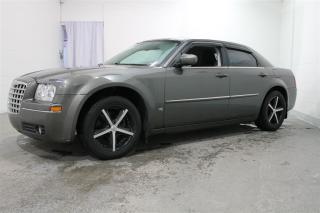 Used 2009 Chrysler 300 for sale in Terrebonne, QC