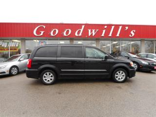 Used 2012 Chrysler Town & Country TOURING! NAVIGATION! BLUETOOTH! for sale in Aylmer, ON