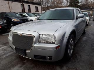 Used 2006 Chrysler 300 very clean for sale in Scarborough, ON