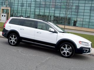 Used 2014 Volvo XC70 T6|AWD|NAVI|REARCAM|LEATHER|ROOF for sale in Scarborough, ON