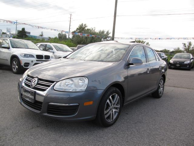 used 2006 volkswagen jetta 2 5l luxury auto sunroof for sale in newmarket ontario. Black Bedroom Furniture Sets. Home Design Ideas