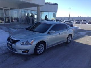 Used 2014 Nissan Altima NO PAYMENTS FOR 6 MONTHS !! for sale in Tilbury, ON